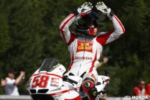 シモンチェリと激突のロッシ引退説について関係者がコメント=MotoGP
