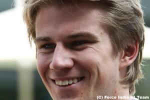 ニコ・ヒュルケンベルグ「2012年は是が非でもレースしたい」